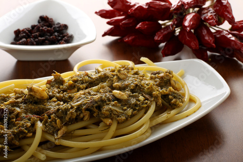 Pasta finocchi e sarde - Pasta with sardines and fennel