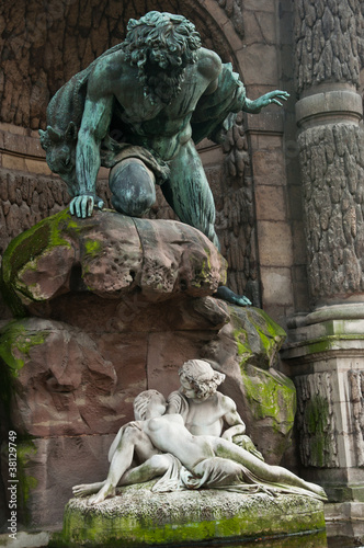 Fontaine jardin du luxembourg paris by pixarno royalty free stock photos 38129749 on - Fontaine jardin du luxembourg ...