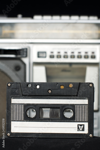 Audio cassette and player