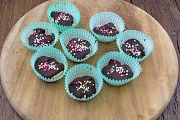 Croccantini di mandorle al cioccolato fondente