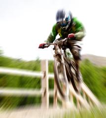 bike jump - zoom