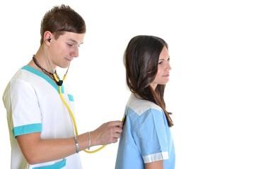 médecin avec une infirmière