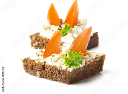 Appetizers with tomatoes and cream cheese