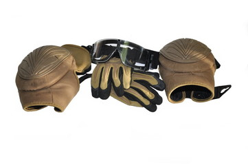 airsoft mask gloves, knee pads, and security objects