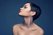 Leinwanddruck Bild - Sensual lady with diamond earring