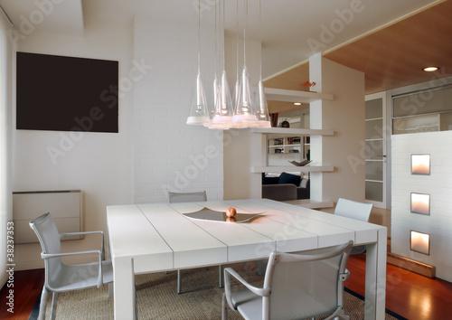 Sala da pranzo moderna con lampadario di adpephoto foto - Lampadario sala ...
