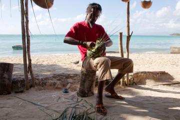 Korbflechter auf der Insel Martinique