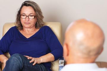 Frau bei Psychoanalyse