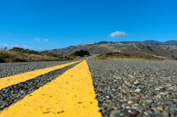 Veduta da centro strada di una Highway in California, USA