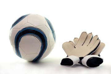 Balón y guantes