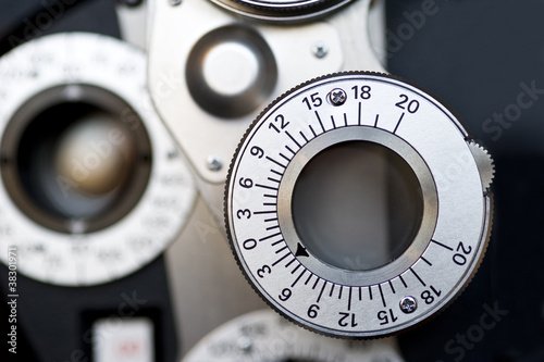 Detail of Optometrist diopter. - 38301971