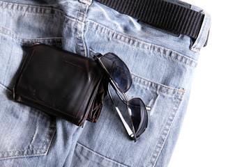 Kleidung und Utensilien