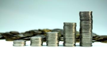 Coins piles
