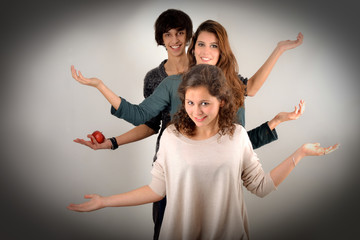 Attitude - Posture de 3 adolescents