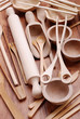 utensili da cucina in legno - due