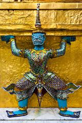 Giant guardians on base of pagoda