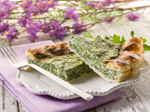cake with ricota and spinach
