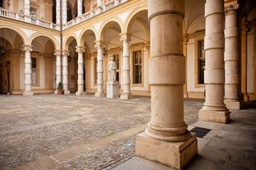 Portici a Torino