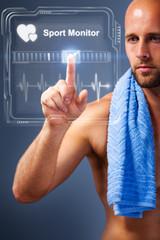 Sportler checkt Trainingserfolg per virtuellem Interface