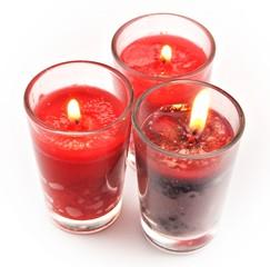 Tres velas rojas