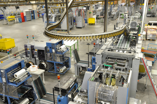 Verpackungsmaschinen Druckerei // Packaging Machinery - 38393558