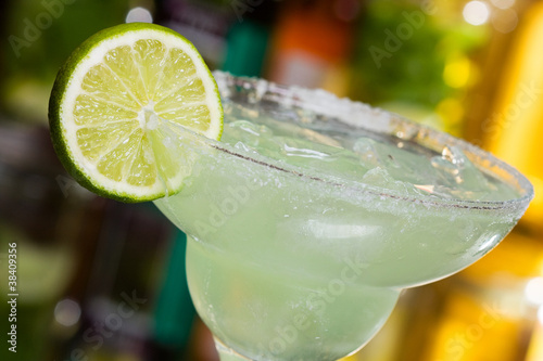 margarita cocktail - 38409356