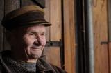 Glücklicher alter Mann