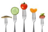 gesunde vollwertkost mit fleisch und fisch