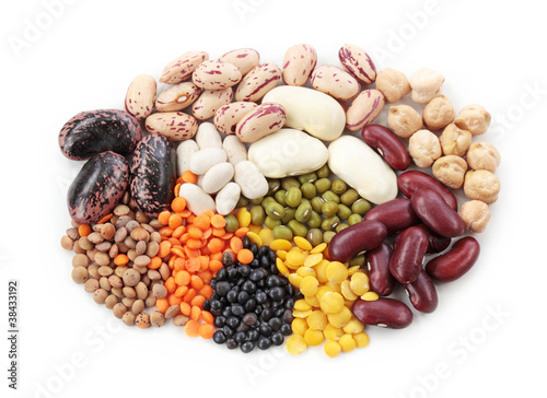 Group of beans and lentils - 38433192