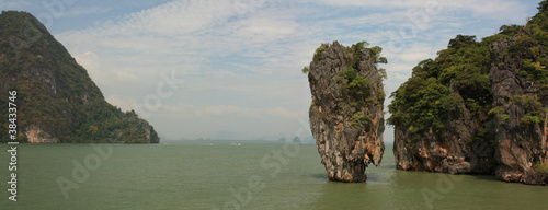 James Bond island. Phuket. Thailand. (panorama)