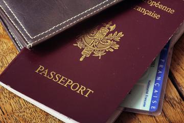 Passeport et carte d'identité