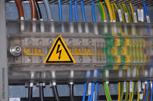 Leinwanddruck Bild Schaltschrank - Spannung - Elektrotechnik
