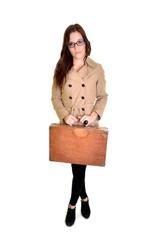 femme avec valise