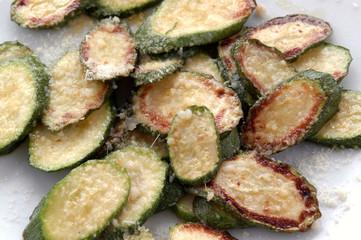 Calabacínes parmesano Zucchini parmesan 4