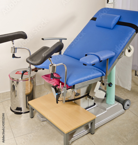 gynecologist equipment