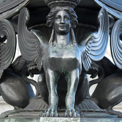 Statue of a sphinx