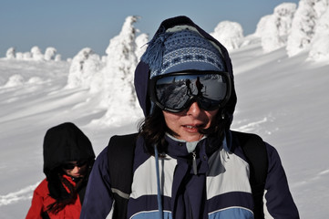 Female skier with sunglasses