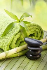 ambiente relax con bambù e sassi di fiume