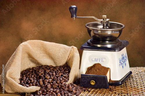 mielenie-kawy