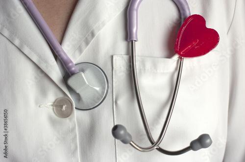 Fonendoscopio, piruleta, corazón, San Valentín.