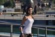canvas print picture - Maedchen mit Helm beim Inline-skaten