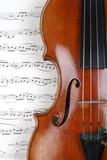 Fototapety Geige mit Noten