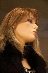 mannequin vitrine mode hiver