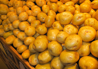 Potatoes in supermarket