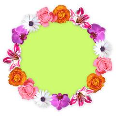 Cerchio di fiori colorati