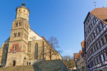 Die historische Michaelskirche in Schwäbisch Hall, Deutschland