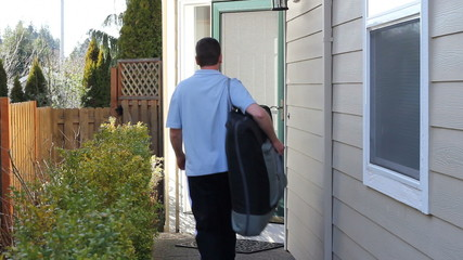 Out Call Massage Therapist Arriving to Give a Massage