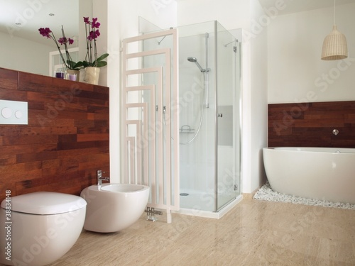 African style contemporary bathroom