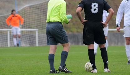 arbitrage au football
