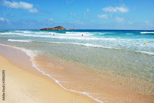 spiaggia di su giudeu, in Sardegna